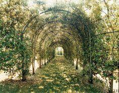 {décor inspiration | house  garden : vogue's best summer homes} | Flickr - Photo Sharing!