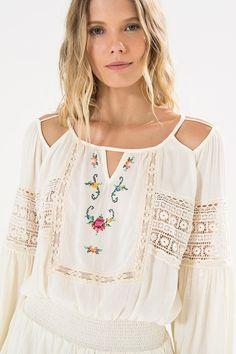 vestido curto bordado ponto cruz | FARM