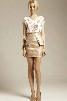 Spectacular in a rose gold metallic shade this skirt is ever so beautiful. Nailing the origami trend this skirt hides all the right places and lets your assets shine.