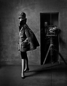 Carmen Dell'Orefice - Las Meninas NY Harper's Bazar, 1960 by photographer Melvin Sokolsky