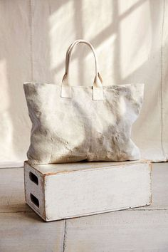 The Good China — urbnite: Patch and Repair Canvas Tote Sewing Circles, Linen Bag, Messenger Bag Men, Shopper Bag, Black Canvas, Canvas Tote Bags, Bag Making, Fashion Bags, Urban Renewal
