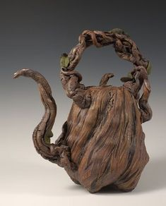 Grapevine Treepot.    I can see the Fairies loving this teapot!