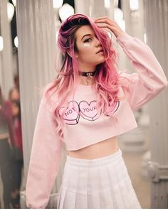 Jessie Paege.. a 16 year old girl who is obsessed with pink. She is the pastel queen in the school. Jessie is single, and looking. She is very sweet, childish, and funny..
