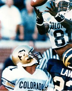 the catch michael westbrook - best play in football history ever. cu vs michigan 1994 in the big house. Tim Tebow, Go Pack Go, University Of Colorado, Football Uniforms, Big Houses, College Football, Bouldering, Michigan, Athlete