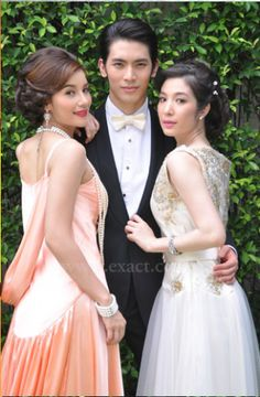 Image from http://drama.tlcthai.com/wp-content/uploads/2012/11/2-31112-327x500.png.