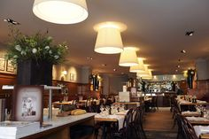 Brasserie Raymond in #Bruges. Nice place to go for lunch or dinner. Recommended by #Hotel Navarra #Bruges.  http://www.brasserie-raymond.com/page.asp?langue=EN&DocID=142979  http://www.hotelnavarra.com/en/info/1447/shopping.html