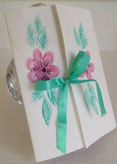Envoltorio para regalo pintado a mano