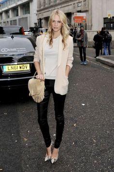 Pink blazer, leather skinnies, snakeprint heels.