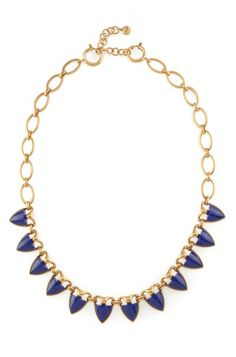 Amp up your style with the Layered Chunky Style Lottie Necklace from Stella & Dot. Designed to make fashion statement when paired with any outfit.