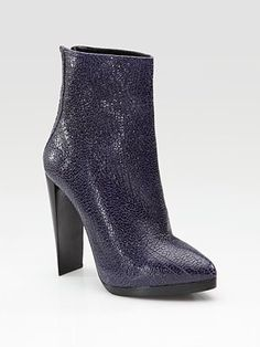Love these for fall. Great heel and pefect color