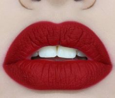 If only the lips came with the lipstick, Rossetto Rosso