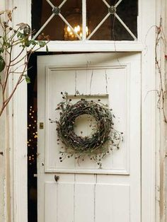 One thing that many people overlook when remodeling their home is their interior doors. Doors do more than offer privacy; they also offer another way to incorporate design elements into your home… Decor, Shabby Chic, Door Decorations, Cottage Style, White Cottage, Little Cottage, Wreaths, Beautiful Doors, Farmhouse Style