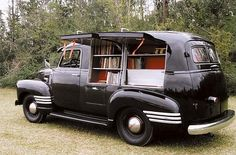 ❦ Book mobile, wish these guys still came around, especially since I can't drive anymore.