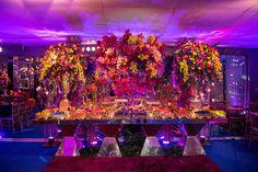 Festa tema Tomorrowland: mesa de doces - Foto: Luiz Claudio Fotografia