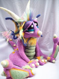 Love this needle-felted dragon!
