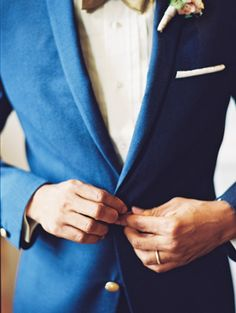 Dapper groom attire - Don't be afraid to mix it up with a blue suit grooms :)