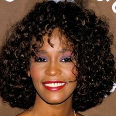 The Changing Hairstyles Of Whitney Houston – A Tribute