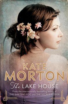 I segreti della casa sul lago - Kate Morton - Libro - Sperling & Kupfer - Pandora Cornwall Cottages, Secret Keeper, Long Books, Abandoned Houses, Cosmopolitan, Photos, Reading, Missing Child, Authors