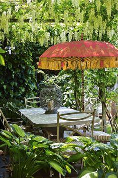 See our stunning Garden umbrellas and Patio Parasols at our web site Garden Parasols, Patio Umbrellas, Kew Gardens, Small Gardens, Outdoor Garden Furniture, Outdoor Decor, Outdoor Spaces, Porches, Outdoor Restaurant Patio