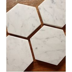 Marble coaster love ❤️ set of 4 available via our online store now! #marble #marblelove #marblecopper #marbleobsessed #milaandrosecoasters #marblecoaster #marblecoasters #marblecandle #obsessedwithmarble #obsessedwithcandles #blackandwhite #white #wood #homedecor #home #hexagon #veins #natural #coffeetable