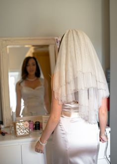 Local Seasonal Cotswolds Wedding Bride Sparkle Veil http://www.deliamcdonaghphotography.com/