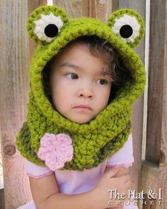 CROCHET PATTERN Frog Fun a hoppy hoodie a frog por TheHatandI