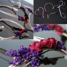 Svatební dekorace, dvě ratanová srdce 30 cm a 19 cm - fialová / červená