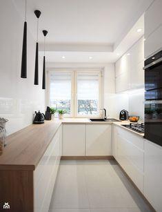 Kitchen Room Design, Kitchen Cabinet Design, Modern Kitchen Design, Home Decor Kitchen, New Kitchen, Home Kitchens, Kitchen Soffit, Kitchen Cabinets, Small White Kitchens