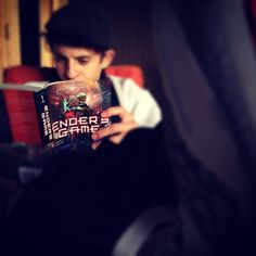 Moises Arias (Bonzo Madrid) reading Ender's Game    So exctied for the movie!