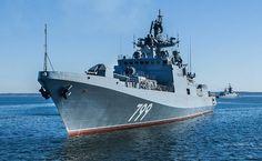 Корабль НАТО преградил путь фрегату ВМФ России
