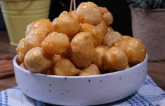 Greek Sweets, Dry Yeast, Greek Recipes, Dessert Recipes, Desserts, Pretzel Bites, Pudding, Bread, Fruit