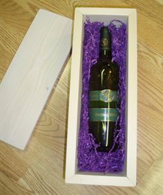 Wedding Wine Box: A wooden wine box,a bottle of wine, and 2 love letters