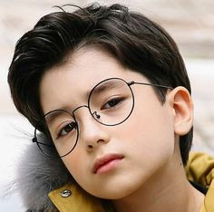 Photos Of Cute Babies, Cute Asian Babies, Asian Kids, Baby Pictures, Cute Baby Boy, Cute Boys, Handsome Kids, Ulzzang Kids, Purple Highlights