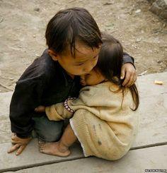 Actualidad y Análisis: Nepal: fotos virales que estremecen el corazón per...