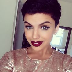 Pixie cut....if only I was this GORGEOUS!!!! Love love love!!!!