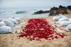 beach wedding ceremo