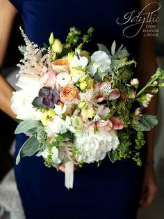 amazing bride bouquet / buchet mireasa, atelier design floral