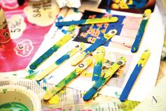 Minion Themed Activities - Painting a Wooden Stick. DIY for Kids.