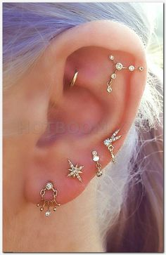 Ohr-Piercing-Ideen – Sternbild-Piercing – Daith Piercing-Schmuck – Goldohrringe Source by sdfltd Piercing No Lóbulo, Daith Piercing Schmuck, Cute Ear Piercings, Tattoo Und Piercing, Septum, Tragus Earrings, Lip Piercings, Second Piercing, Multiple Ear Piercings