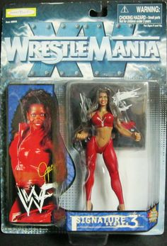 Did you know that former WWF/WWE Diva and TNA Knockout Jacqueline Moore has her own action figure?   And it's actually not too bad as female wrestling action figures go.