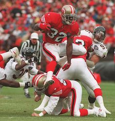 Ricky Watters is the man Nfl 49ers, Nfl Football, American Football, Football Defense, College Football, Football Images, Sports Images, 49ers Pictures, 49ers Cheerleaders