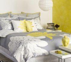 Idées Déco pour une chambre jaune et grise | Bedrooms, Annie and Salons