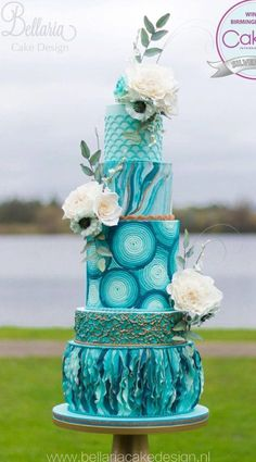 Endless cake decorating inspiration - wedding cakes, birthday cakes for boys and girls, cookies, cupcakes and more. Elegant Wedding Cakes, Elegant Cakes, Beautiful Wedding Cakes, Gorgeous Cakes, Wedding Cake Designs, Pretty Cakes, Cute Cakes, Wedding Cake Toppers, Amazing Cakes