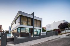 Modernes Einfamilienhaus im Kasten-Look