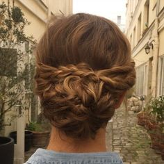 Best Hairstyles for Brides - Bohemian Braided Bun - Amazing Hair Styles and Looks for Half Up Medium. Wedding Hairstyles For Long Hair, Bride Hairstyles, Vintage Hairstyles, Straight Hairstyles, Cool Hairstyles, Elegant Hairstyles, Braids For Medium Length Hair, Short Hair Bun, Short Curls