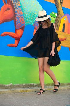 dress: Asos (s/s 15) // sandals: Massimo Dutti (s/s 15) // hat: Anine Bing // bag: H&M (s/s 15) – Coachella Collection // sunglasses: Karen Walker