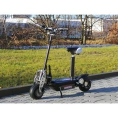 Elektroninen skootteri, 449,95€. Sähköpotkulaudat, segwayt, tasapainoskootterit ja muut erilaiset sähkökulkuneuvot ovat saavuttaneet jo suurta suosiota. Sähköpotkulautojen suosio piilee niiden helpossa ajettavuudessa sekä siinä, että ne sopivat kaiken ikäisille käyttäjille. Ilmainen toimitus! #sähköpotkulauta #elektroninenskootteri Ale, Tricycle, Baby Strollers, Children, Baby Prams, Young Children, Boys, Ales, Strollers