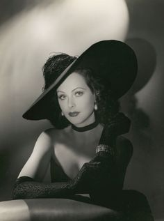 Beauty, yes, but a whole mess of brains. A scientist, first and foremost. HEDY LAMARR; photo by George Hurrell, or Clarence Sinclair Bull?