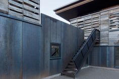telluride house | courtyard stair ~ anmahian winton architects