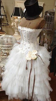 Paris Chic Dress Form